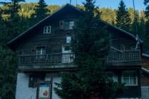 Demyanitsa hut Pirin